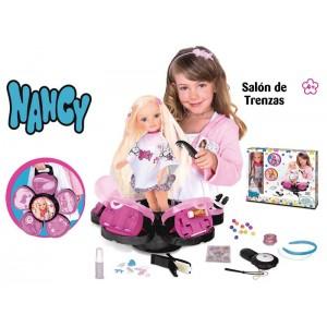 Nancy salon de trenzas - Famosa