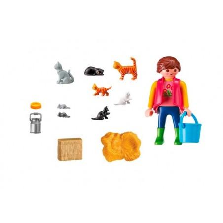Playmobil Country Mujer con Familia de Gatos
