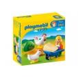 Playmobil 123 Granjera con Gallinas